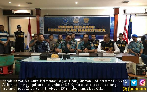 Bea Cukai Kabagtim, BNN, dan TNI AL Amankan 6,7 Kg Sabu-sabu - JPNN.com
