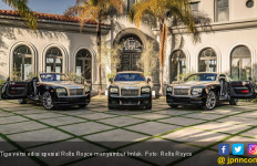 Empat Model Rolls Royce Berdandan Imlek - JPNN.com