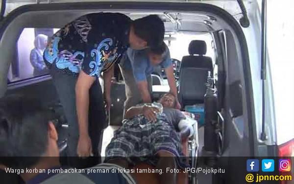 Preman Penjaga Tambang Bacok Warga yang Protes - JPNN.com