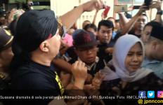 Siapa Siti, Perempuan yang Menangis Histeris di Persidangan Ahmad Dhani? - JPNN.com