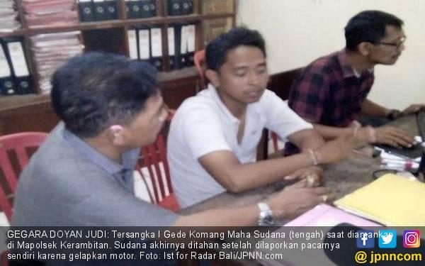 Gegara Judi, Duda Satu Anak Gelapkan Motor Milik Janda, Akhirnya... - JPNN.com