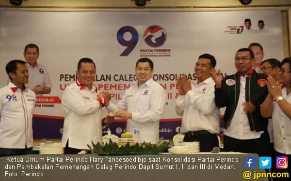Hary Tanoe Wajibkan Caleg Perindo Turun demi Bangun Masyarakat - JPNN.com
