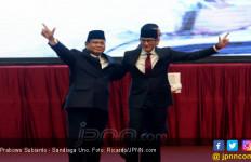 Viral, Atribut Kampanye Prabowo - Sandi di Jalan Dibakar - JPNN.com