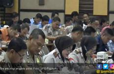 239 Anggota Polisi Jalan Tes Psikologi Sebelum Pegang Senjata Api - JPNN.com