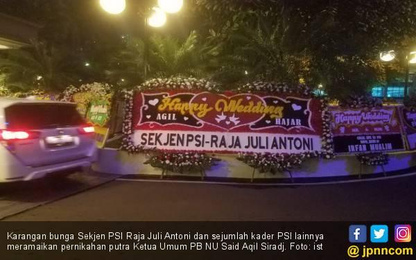 Puluhan Karangan Bunga PSI Meriahkan Pernikahan Putra Said Aqil Siradj - JPNN.com