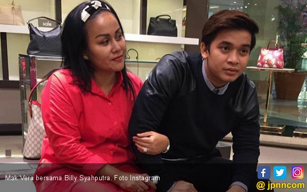 Respons Billy Syahputra Soal Kabar Mak Vera Doyan Berjudi - JPNN.com