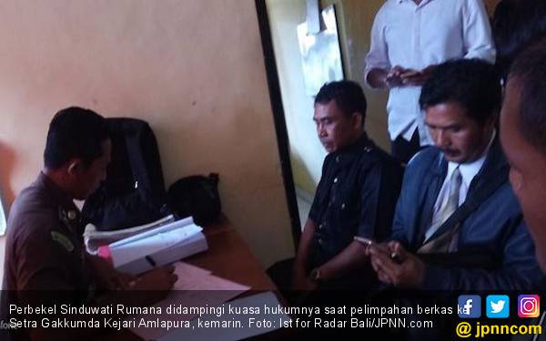 Perbekel Sinduwati Tersangka Pidana Pemilu Segera Diadili - JPNN.com