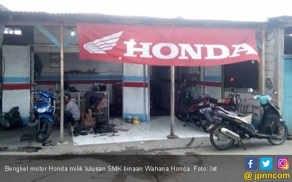 Kian Banyak Lulusan SMK Binaan Wahana Honda Miliki Bengkel Sendiri - JPNN.com