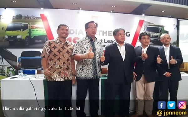 Hino Targetkan Kerek Penjualan Naik 12 Persen, Bidik Sektor Komoditi dan Pertambangan - JPNN.com