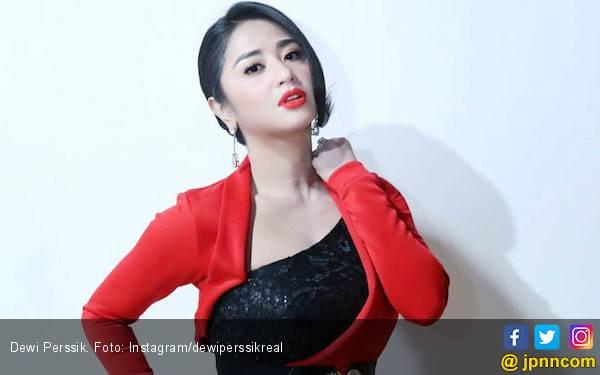 Bukan Rekayasa, Keponakan Dewi Perssik Resmi Jadi Tersangka - JPNN.com