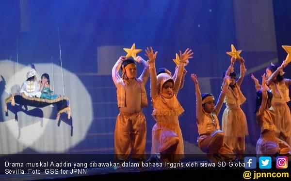 Asah Kemampuan Bahasa Inggris Siswa Lewat Drama Musikal, Keren! - JPNN.com