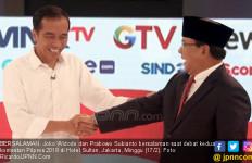 Survei Y-Publica: Jokowi Makin Jauh Tinggalkan Prabowo - JPNN.com
