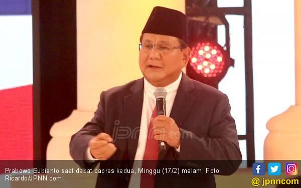 Prabowo Banyak Senyum di Debat Kedua, Sandiaga Senang - JPNN.com