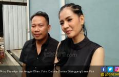 Ketahuan DM Model Seksi, Vicky Prasetyo Didamprat Pacar - JPNN.com