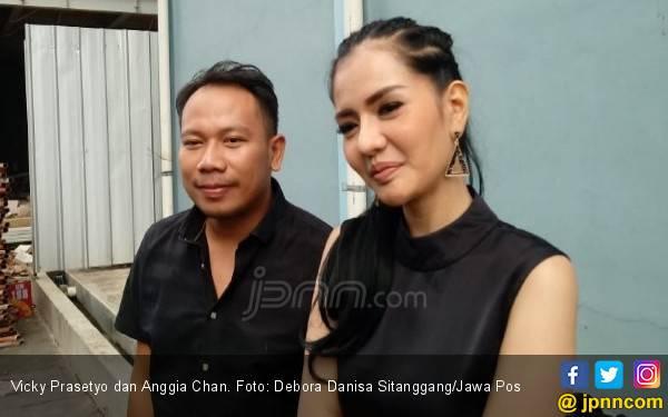 Vicky Prasetyo Pengin Punya Anak Lagi - JPNN.com
