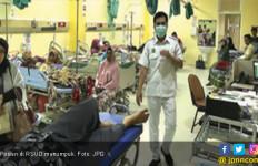 RSUD Kewalahan, Pasien Rujukan Menumpuk di IGD - JPNN.com