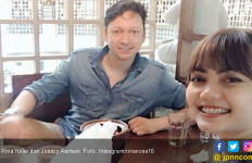 Rina Nose Balas Hujatan Netizen Soal Pengunduran Jadwal Nikah - JPNN.com