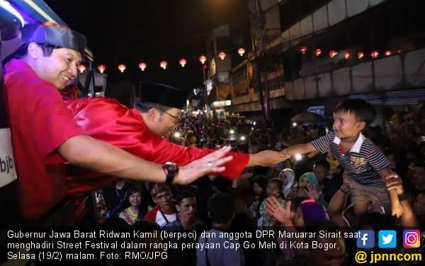 Pesan dan Pantun Kang Emil pada Perayaan Cap Go Meh di Bogor - JPNN.com