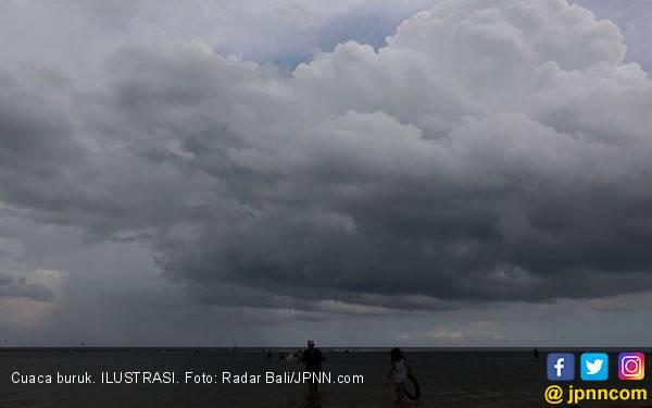 Antisipasi Musibah Pelayaran, Kemenhub Imbau Waspadai Cuaca Ekstrem - JPNN.com