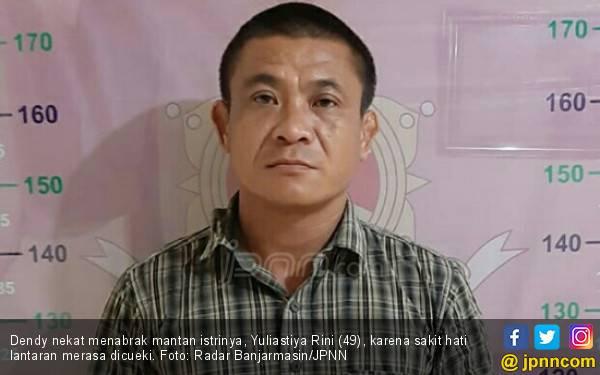 Sakit Hati Dicueki, Dendy Tabrak Mantan Istri - JPNN.com