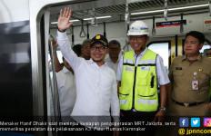 Periksa Aspek K3, Menaker Hanif Jajal MRT Jakarta - JPNN.com