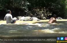 Para Politikus Sering Ritual Mandi dan Semedi di Sungai Ini Jelang Pemilu - JPNN.com