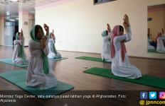 Fakhria Momtaz Siap Mengajak Taliban Ikut Kelas Yoga - JPNN.com