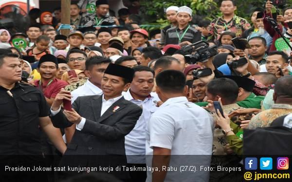 Jokowi: Pemerintah Punya Banyak Program Ekonomi Rakyat - JPNN.com