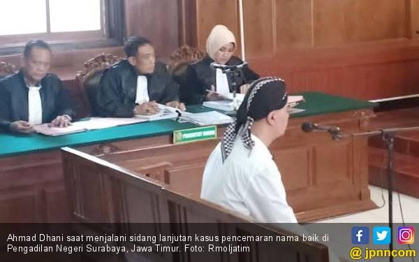 Ditahan di Jawa Timur, Ahmad Dhani Rindu Keluarga - JPNN.com