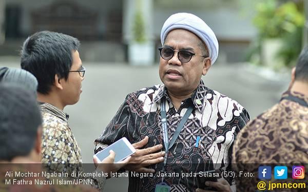 Jokowi Disalahkan di Kasus Andi Arief, Ngabalin Pinjam Istilah Rocky Gerung  - JPNN.com