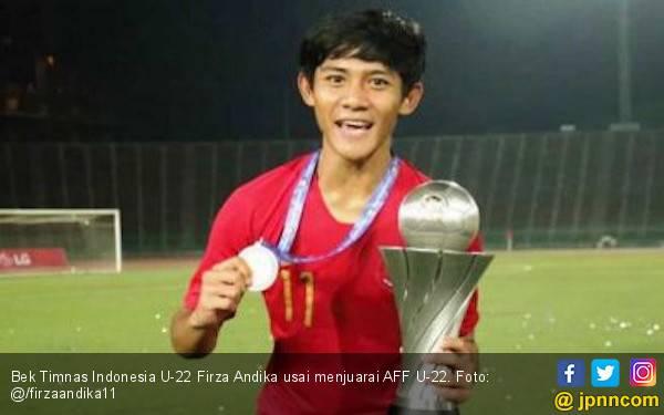 Dapat Bonus dari Presiden, Firza Andika Ingin Berangkatkan Orang Tua Naik Haji - JPNN.com