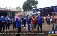 Begini Cara Ageng Kiwi Lestarikan Budaya Daerah - JPNN.com