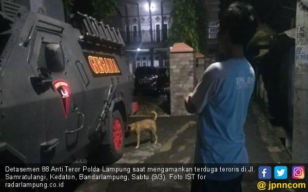 Densus 88 Antiteror Ringkus Satu Terduga Teroris di Lampung - JPNN.com