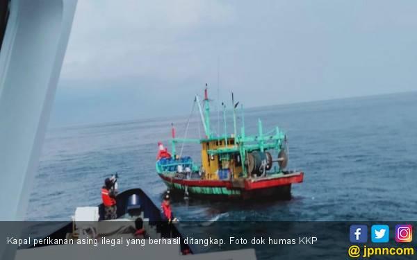 KKP Periksa Kapal Ikan Jepang di ZEEI Laut Sulawesi - JPNN.com