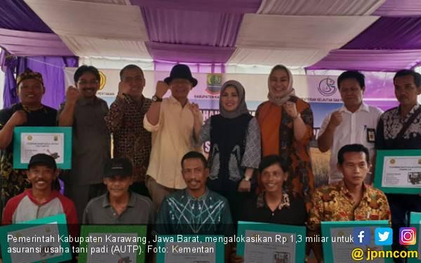 Pemkab Karawang Lindungi Petani dengan Asuransi Pertanian - JPNN.com