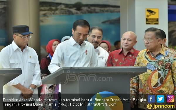Pak Jokowi Minta Kapasitas Terminal Bandara Depati Amir Ditingkatkan Lagi - JPNN.com