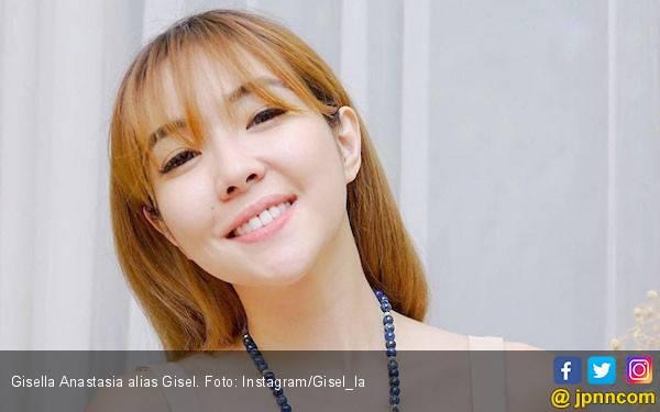 Gisel dan Wijin Kembali Tepergok Bermesraan di Mal - JPNN.com