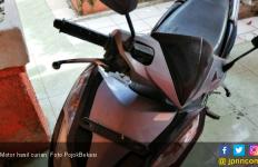 Menyamar, Polisi Berhasil Bekuk 4 Pencuri Motor - JPNN.com
