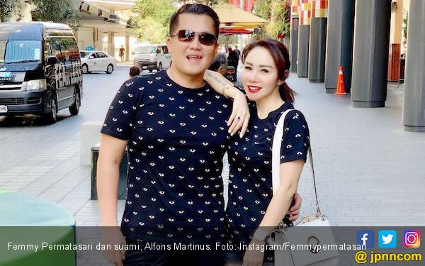 Penembakan di Selandia Baru Bikin Femmy Permatasari Batal Bulan Madu - JPNN.com
