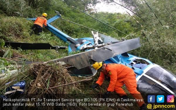 Helikopter Jatuh di Tasikmalaya, Bawa 4 Penumpang dan Satu Crew - JPNN.com