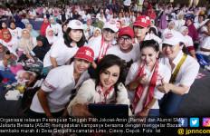 Pertiwi dan Alumni SMA Jakarta Bersatu Selenggarakan Bazar Sembako Murah dan Pentas Seni - JPNN.com