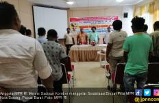 Mervin Serap Aspirasi Saat Gelar Sosialisasi Empat MPR di Sorong - JPNN.com