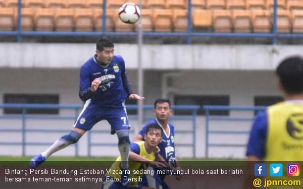 Arema FC vs Persib: Pantang Tumbang Meski Pincang - JPNN.com