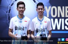 Senyum Fajar / Rian Setelah Juara di Swiss Open 2019 - JPNN.com