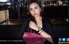 2 Tahun Pindah Keyakinan, Salmafina Enggak Nyaman Ditanya Soal ini - JPNN.com