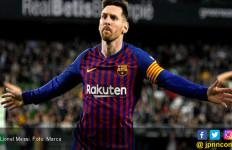 7 Pesepak Bola Hebat yang Memaksa Suporter Tim Lawan Berdiri Bertepuk Tangan - JPNN.com
