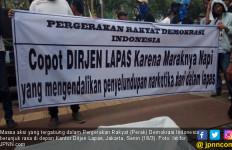 Gagal Berantas Narkoba, Kantor Dirjen PAS Digeruduk Massa - JPNN.com