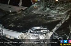 Mobil Pembobol ATM di Kampus Mercu Buana Tabrak Tiang Listrik - JPNN.com