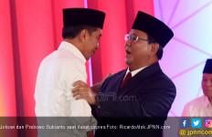 Survei Charta Politika: Jokowi - Ma'ruf Tak Dipercaya, Prabowo - Sandi Belum Berpengalaman - JPNN.com