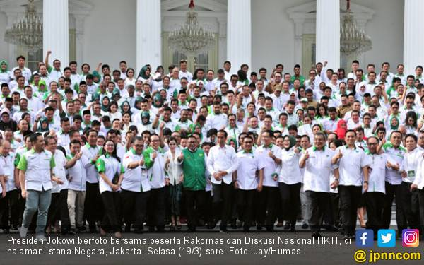 Jokowi Minta HKTI Jangan Berbelok Arah, Harus Mendukung - JPNN.com